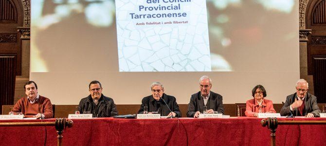 """La Dra. Montserrat Coll i Mn. Aureli Ortín presenten el llibre """"Als 25 anys del Concili Provincial Tarraconense. Amb fidelitat i amb llibertat"""""""